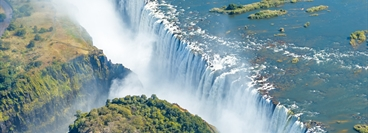 Image of Victoria falls from the Zimbabwe side